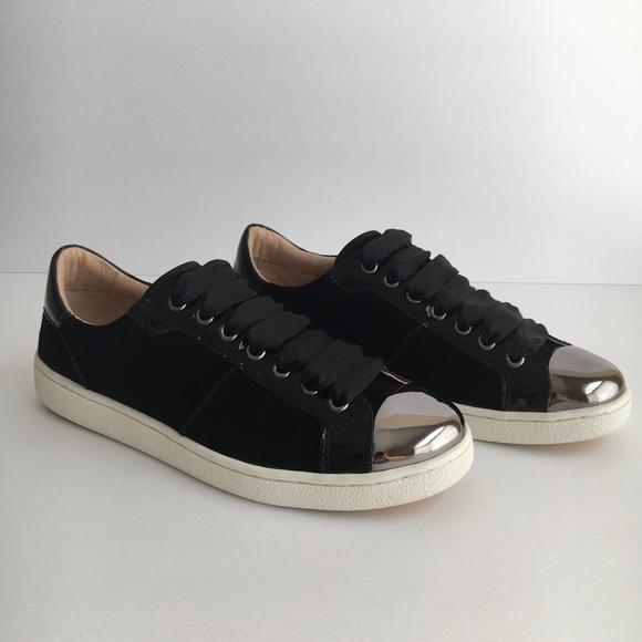 e3a51b3a3b6 Ugg Australia Women's EVANGELINE 1092533 Sneaker